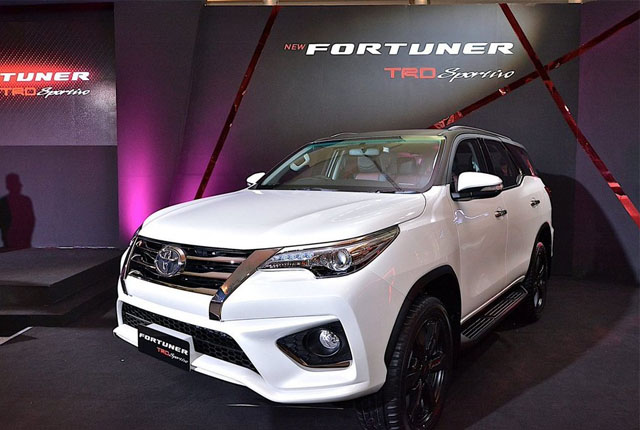toyota-fortuner-trd-1